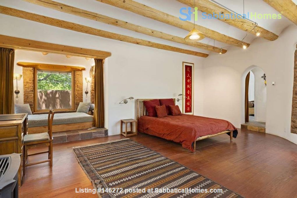 QUIET, BEAUTIFUL SECLUDED Santa Fe HOME 2BR on estate - sweeping views Home Rental in Santa Fe 4