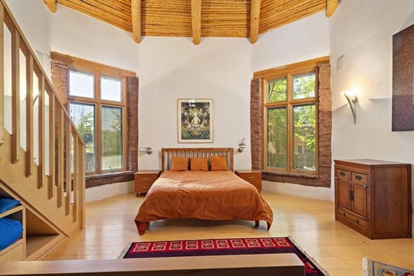 QUIET, BEAUTIFUL SECLUDED Santa Fe HOME 2BR on estate - sweeping views Home Rental in Santa Fe 5 - thumbnail