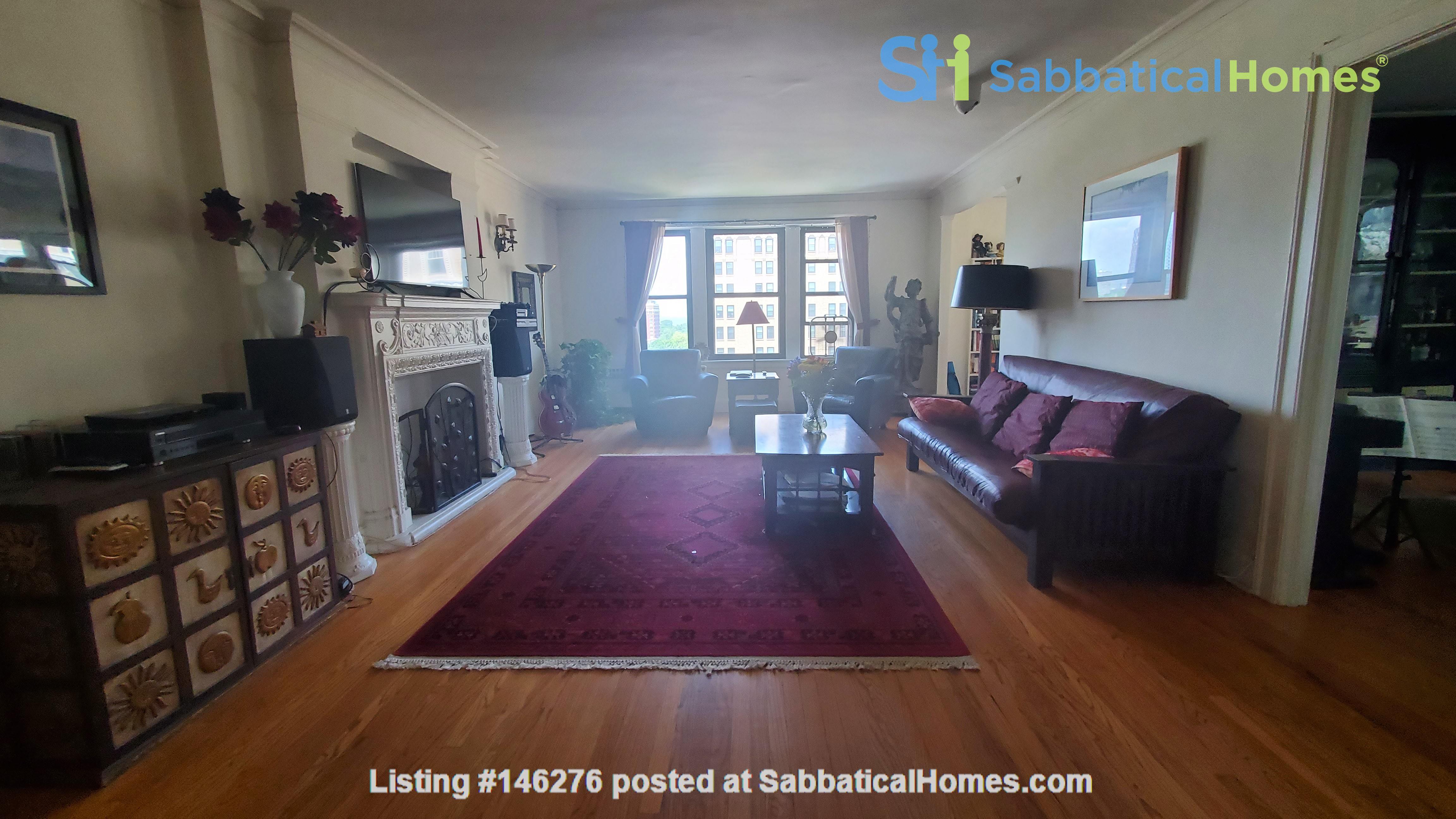 2 Bed/2 Bath Fully Furnished Lakefront Apartment Home Rental in Chicago 2