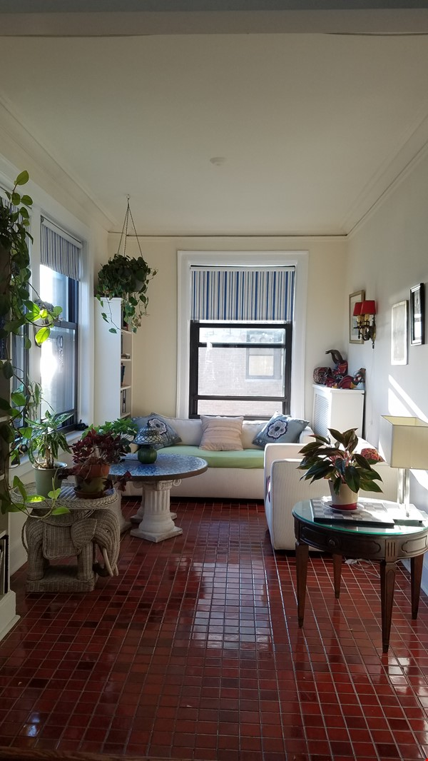 2 Bed/2 Bath Fully Furnished Lakefront Apartment Home Rental in Chicago 9 - thumbnail