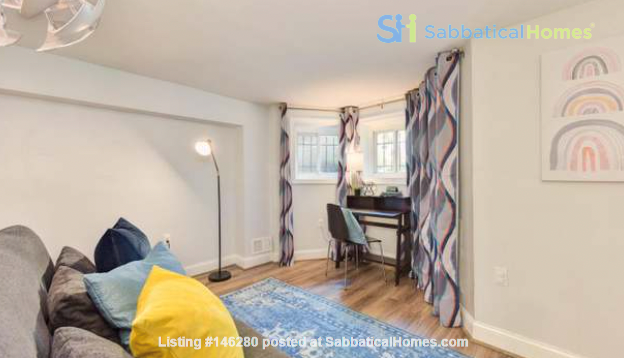 Spacious Capitol Hill Rowhouse with Large Outdoor Space and Parking Home Rental in Washington 6