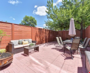 Spacious Capitol Hill Rowhouse with Large Outdoor Space and Parking Home Rental in Washington 7 - thumbnail