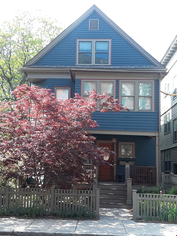 Furnished family duplex in Cambridge Home Rental in Cambridge 0 - thumbnail