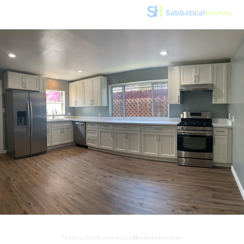 Newly Renovated Apartment for Rent in Oakland, Ca (Temescal Area) Home Rental in Oakland 1