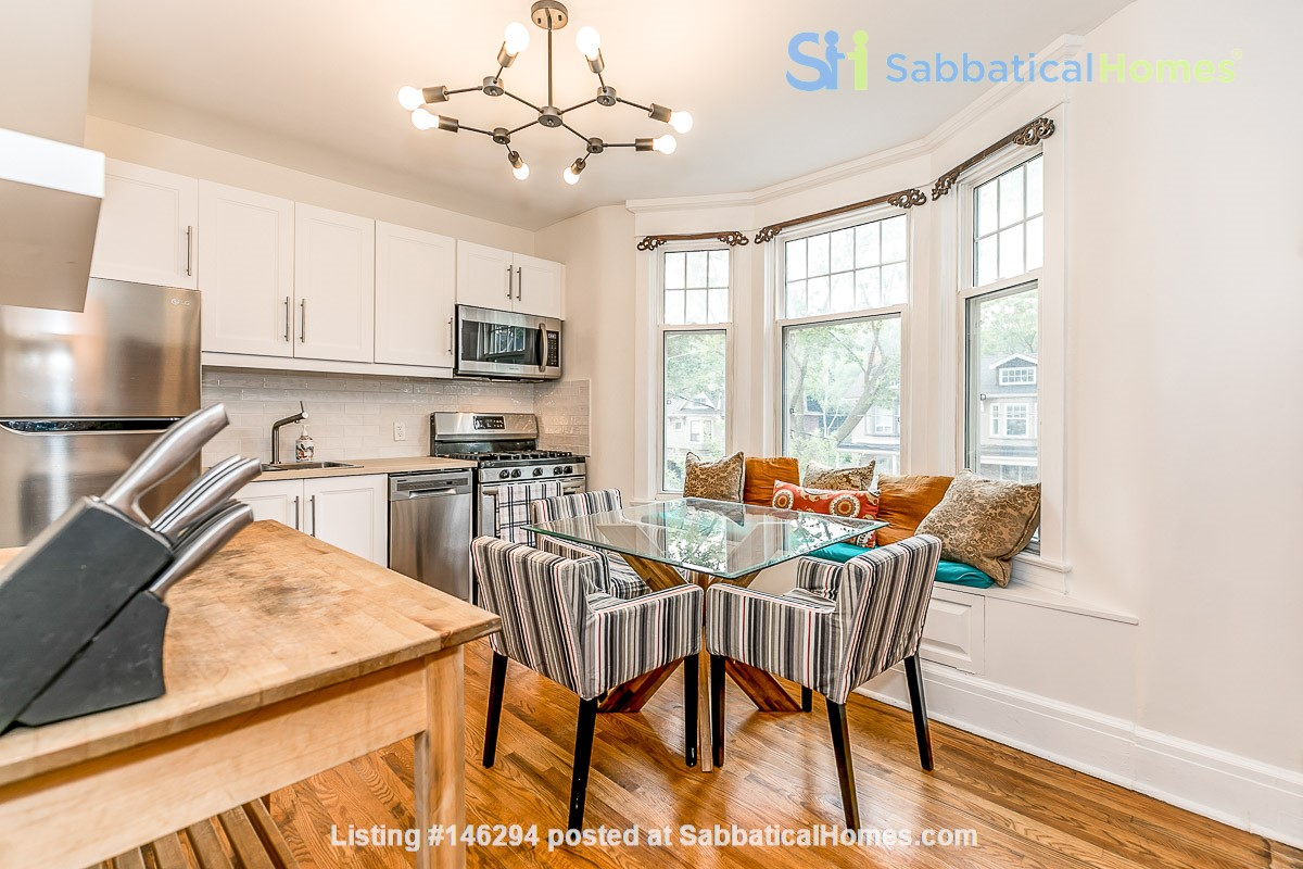Leslieville 2 Upper Levels 2 beds in Sunny Edwardian Home w/Private Terrace Home Rental in Toronto 3