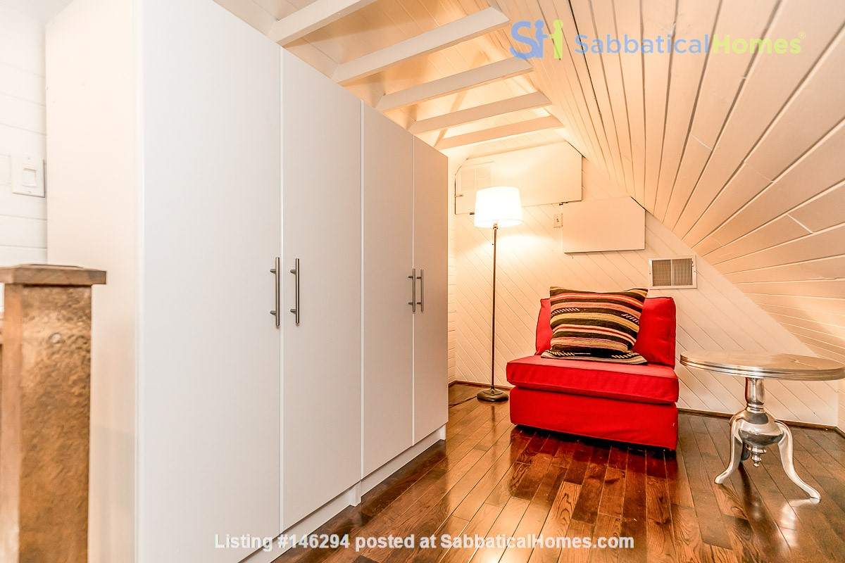 Leslieville 2 Upper Levels 2 beds in Sunny Edwardian Home w/Private Terrace Home Rental in Toronto 8