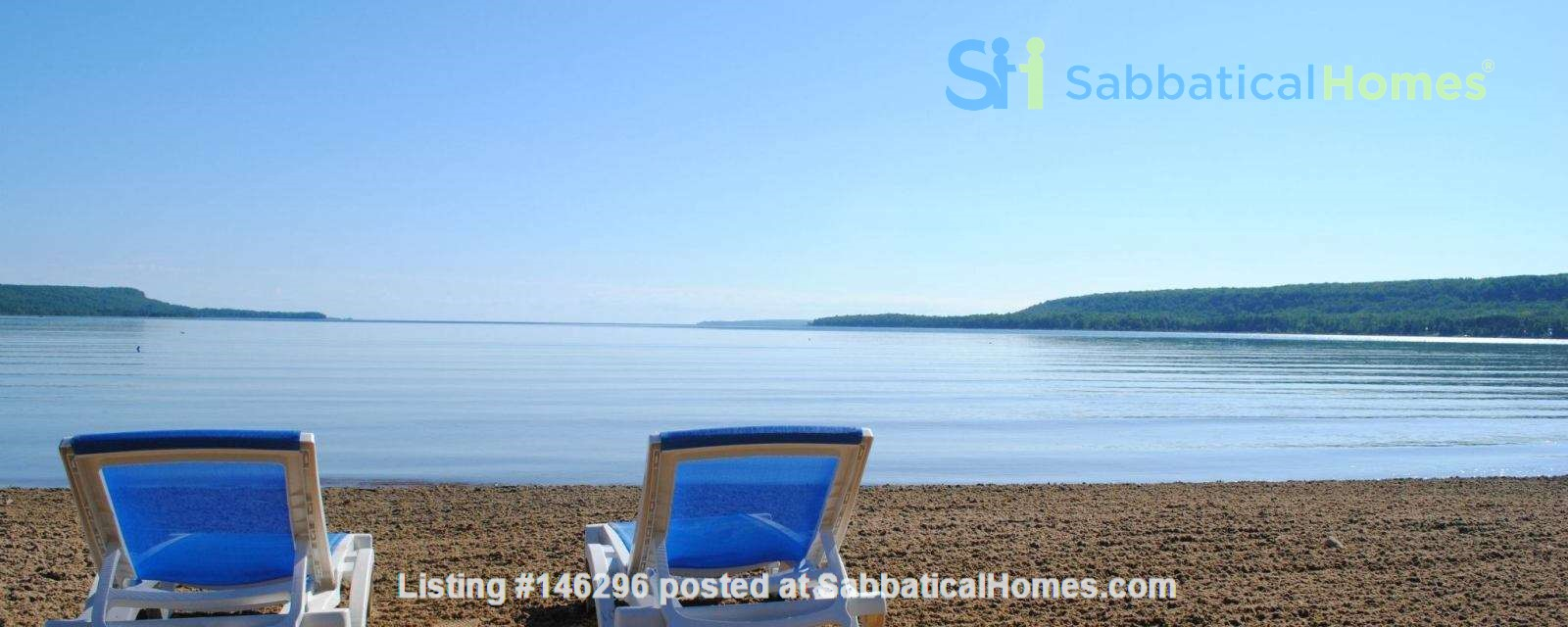 Beautiful 4 BR Cottage on the Bruce Peninsula Home Rental in Wiarton 2