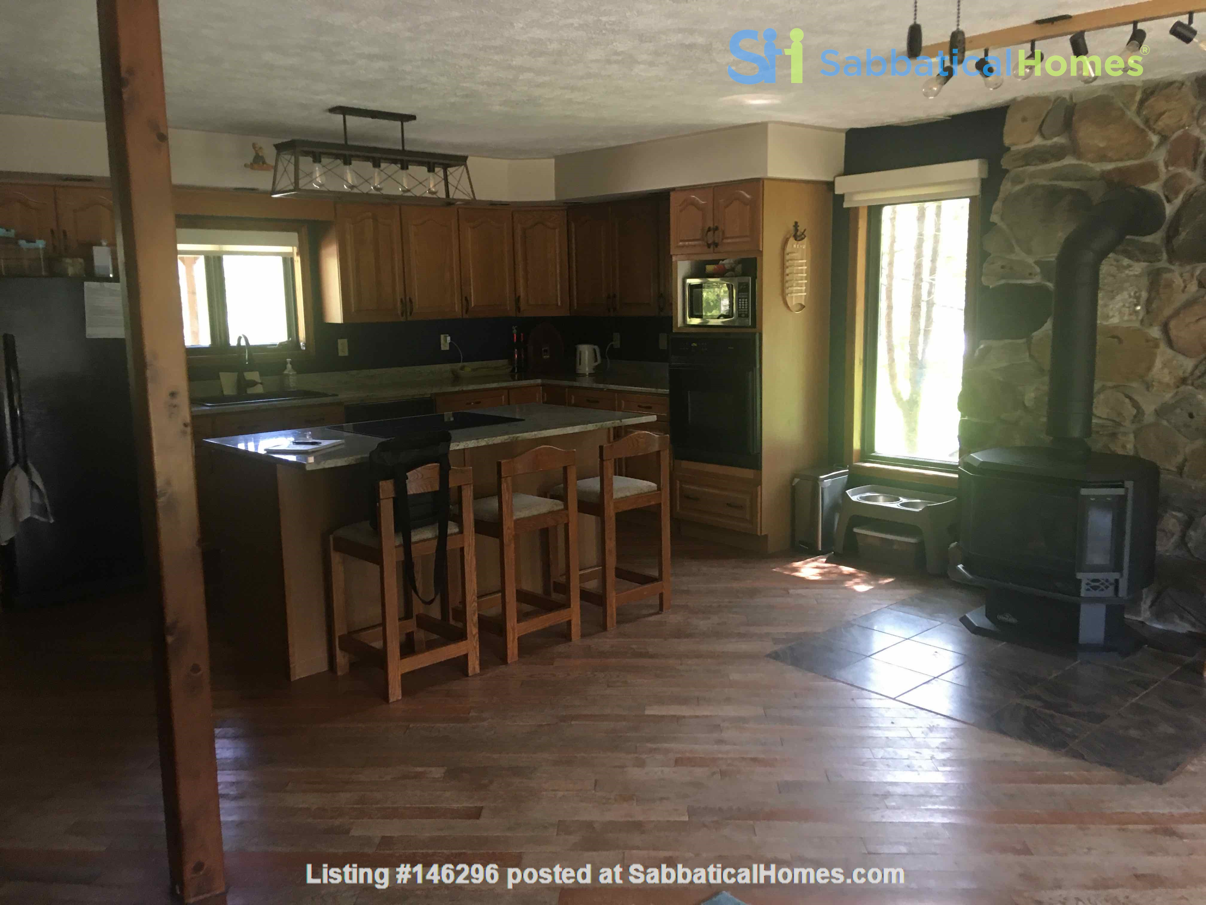 Beautiful 4 BR Cottage on the Bruce Peninsula Home Rental in Wiarton 0