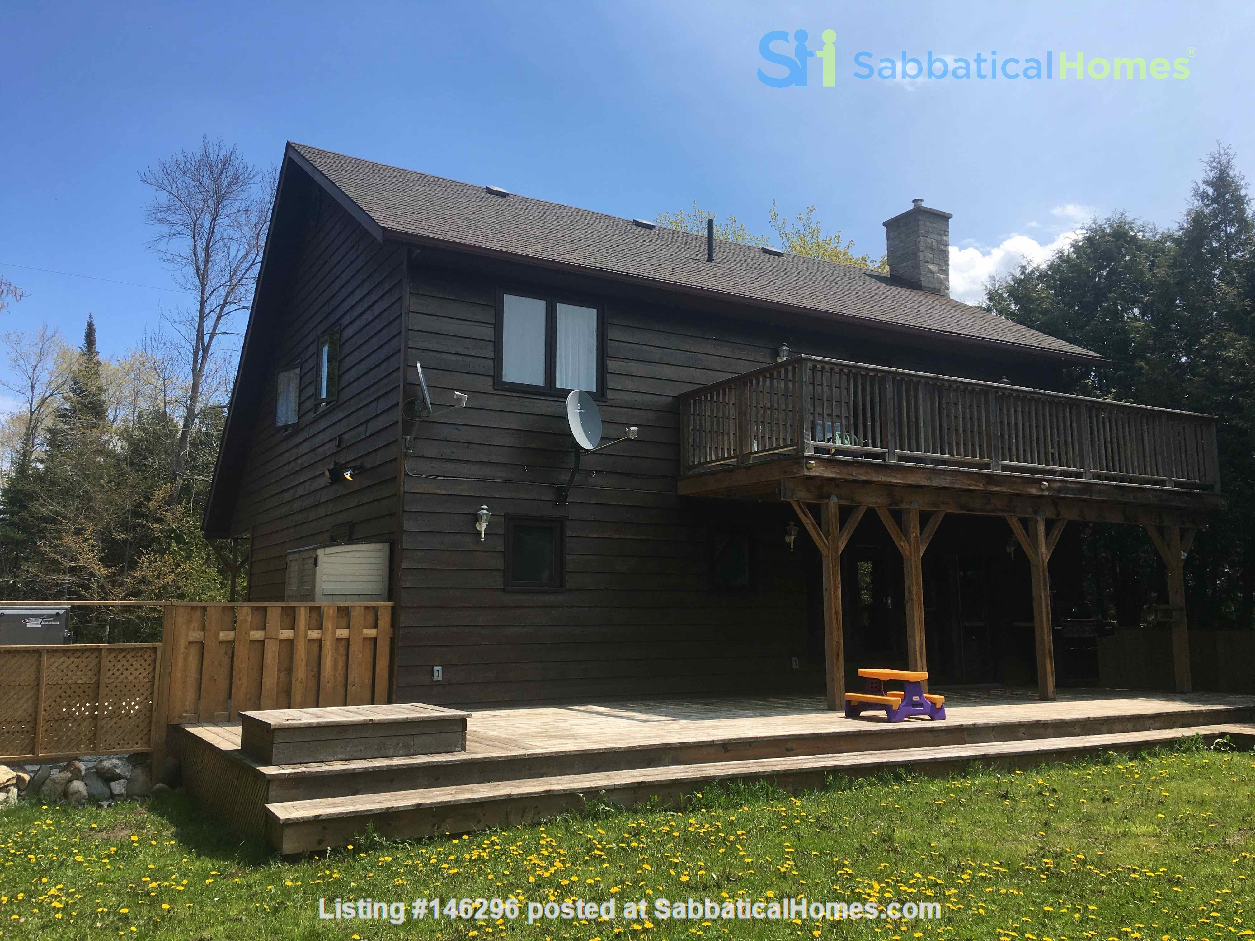 Beautiful 4 BR Cottage on the Bruce Peninsula Home Rental in Wiarton 7