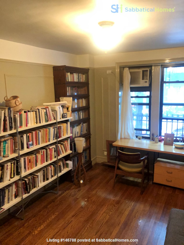 Beautiful Spacious 2BR/2 full bath duplex in Midtown w/outdoor space for'22 Home Rental in New York, New York, United States 4