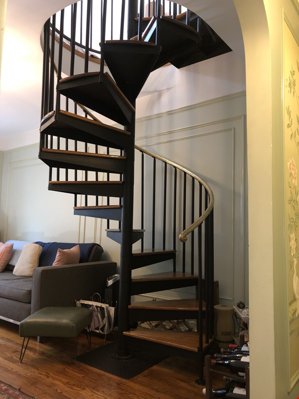 Beautiful Spacious 2BR/2 full bath duplex in Midtown w/outdoor space for'22 Home Rental in New York 7 - thumbnail