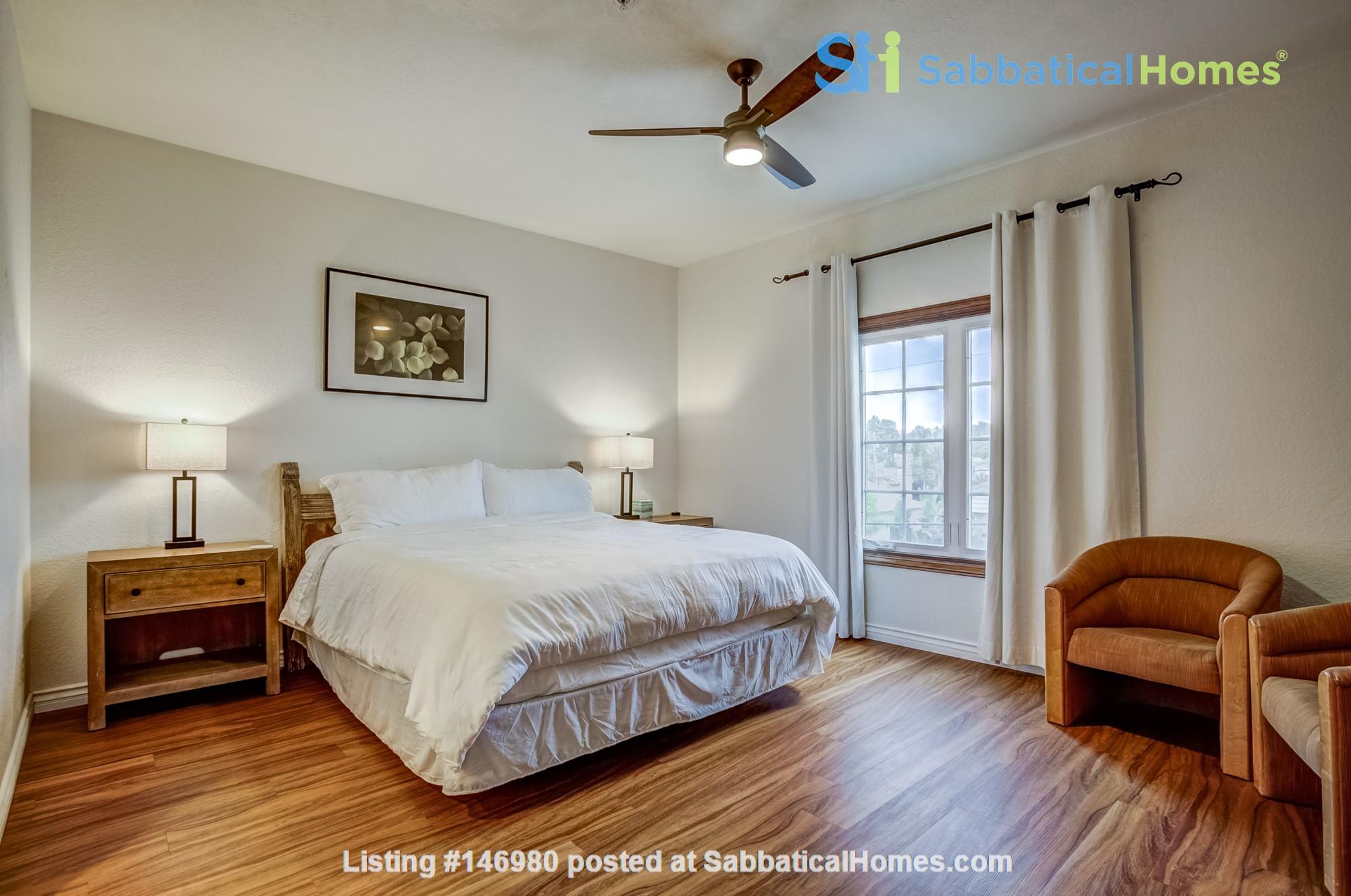 Fabulous Coastal Upgraded Home Home Rental in Encinitas, California, United States 4