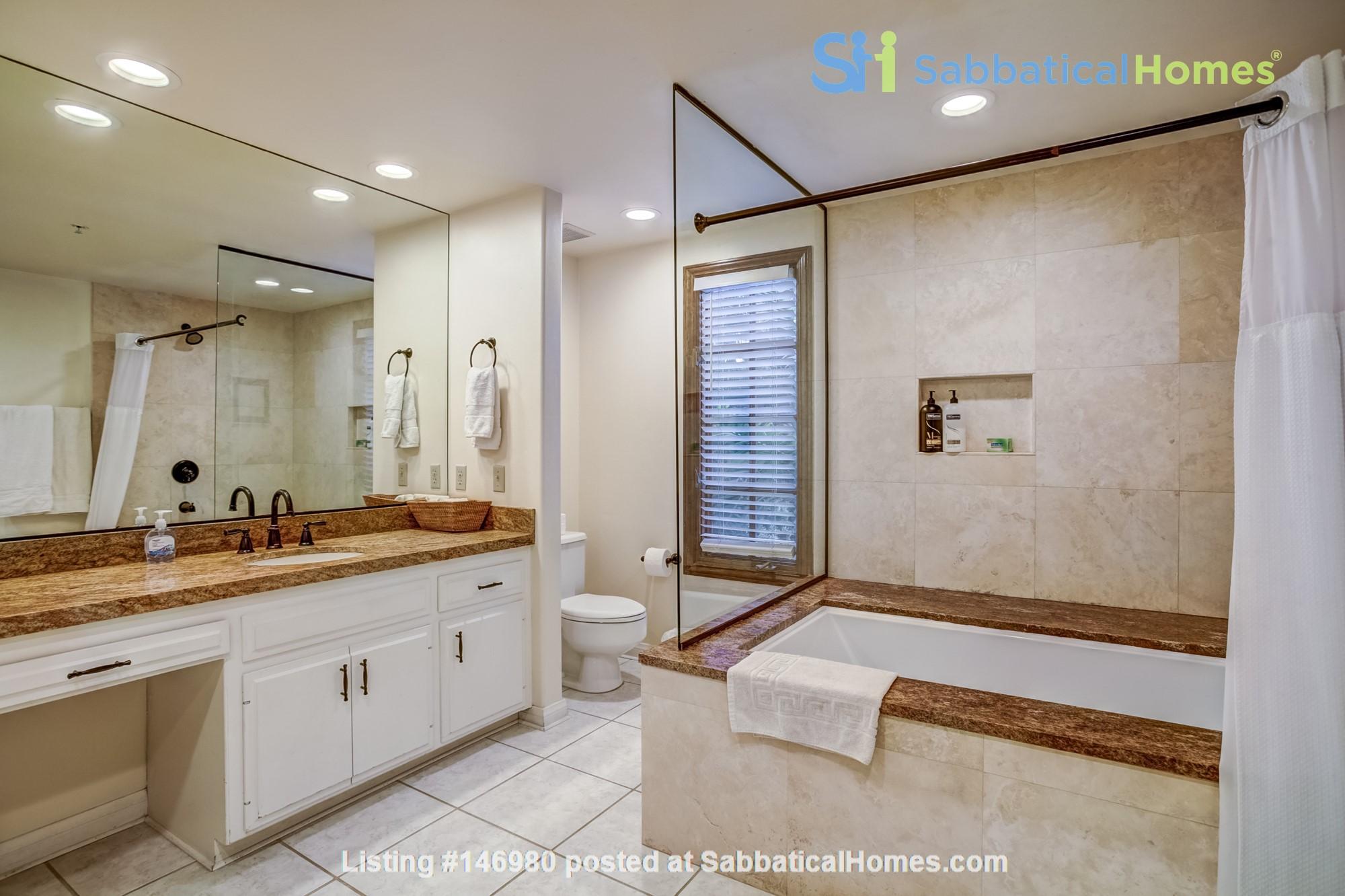 Fabulous Coastal Upgraded Home Home Rental in Encinitas, California, United States 5