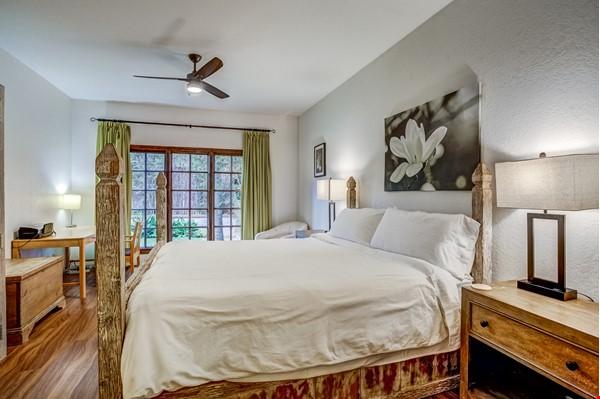 Fabulous Coastal Upgraded Home Home Rental in Encinitas 7 - thumbnail